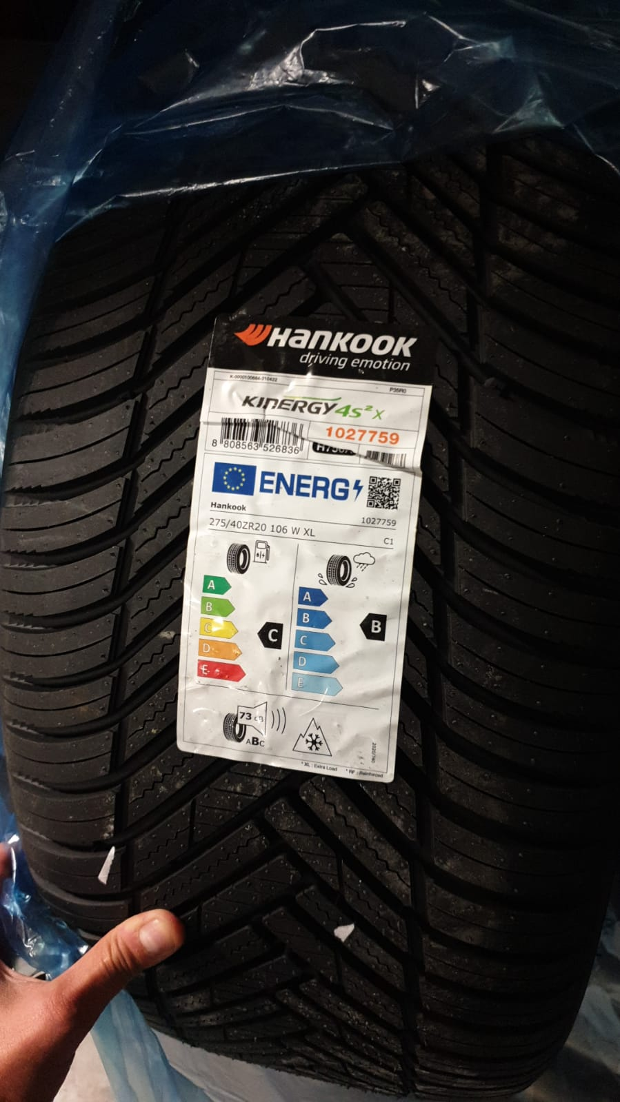 Gomme Hankook KINERGY 4S 275/40 R20 106 W XL